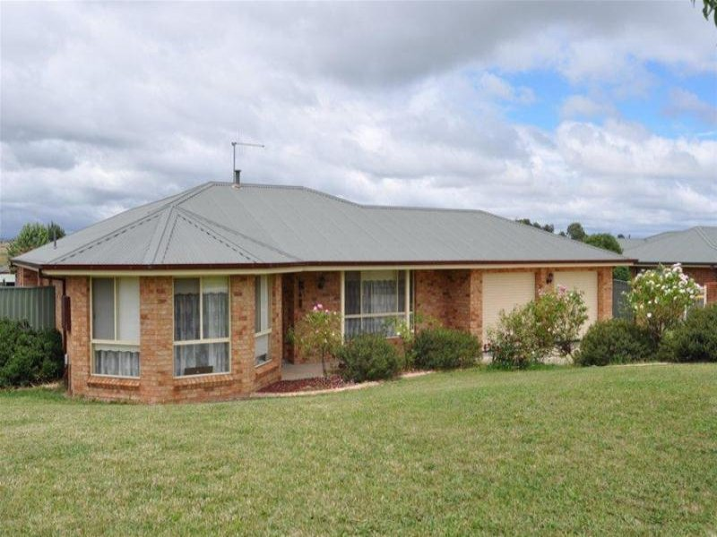 Address available on request, Laffing Waters, NSW 2795