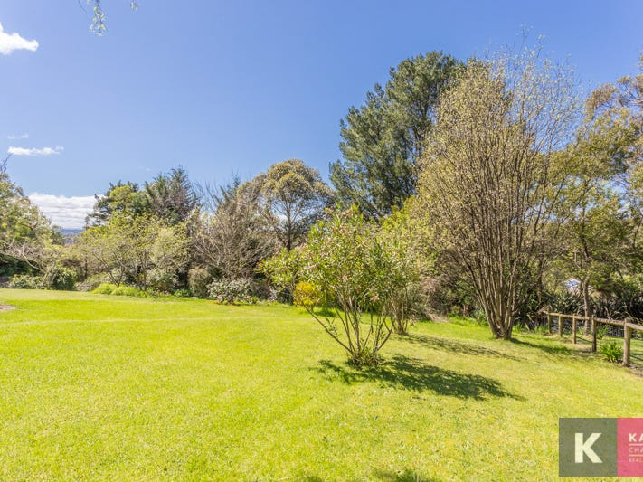 6 Corringham Road, Beaconsfield Upper, Vic 3808