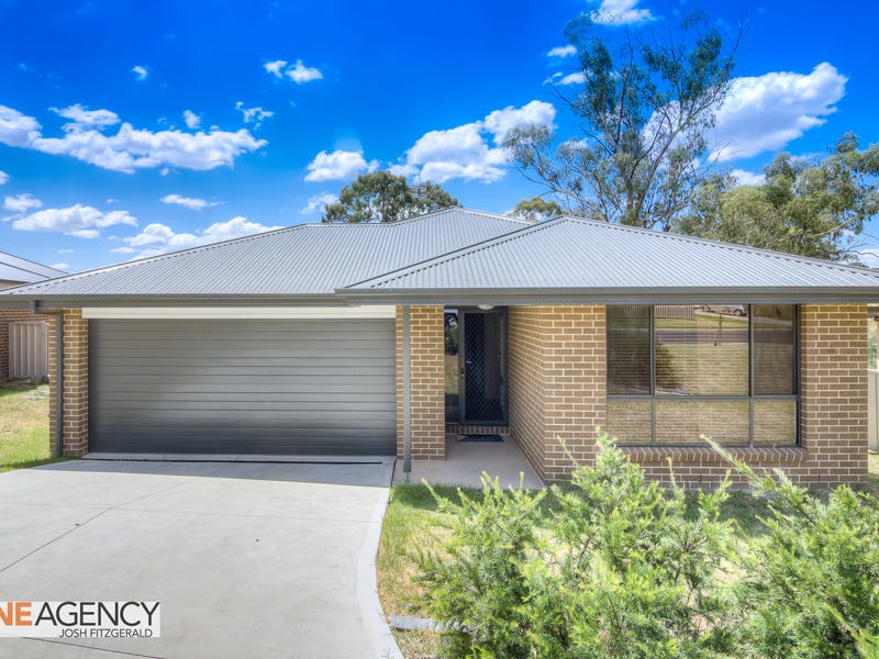 12 Downey Crescent, Orange, NSW 2800