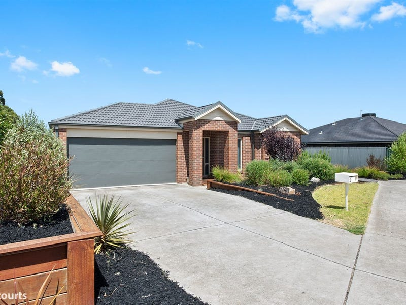 2 Ada Rose Heights, Brown Hill, Vic 3350