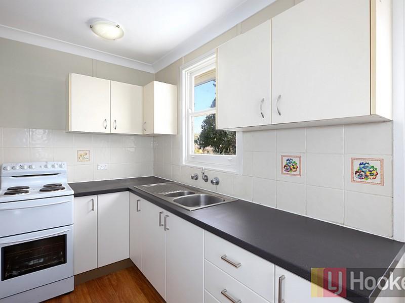 37 Gordon Nixon Avenue, West Kempsey, NSW 2440
