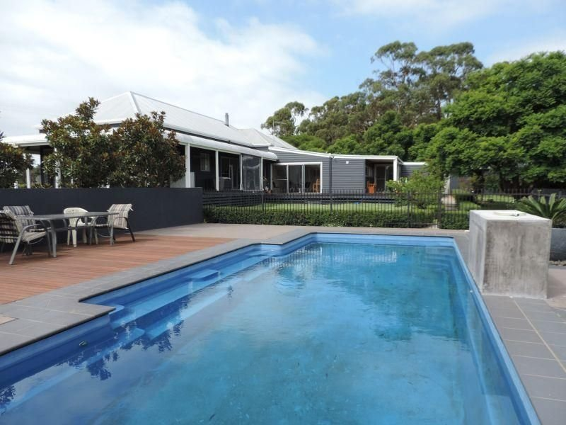 115 mill point road lake tyers beach vic 3909 property. Black Bedroom Furniture Sets. Home Design Ideas