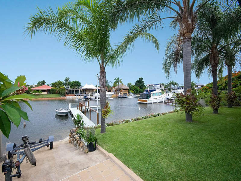 57 Oxley Drive, Paradise Point, Qld 4216