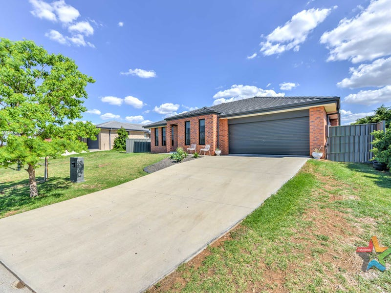 11 Wagtail Close, Tamworth, NSW 2340