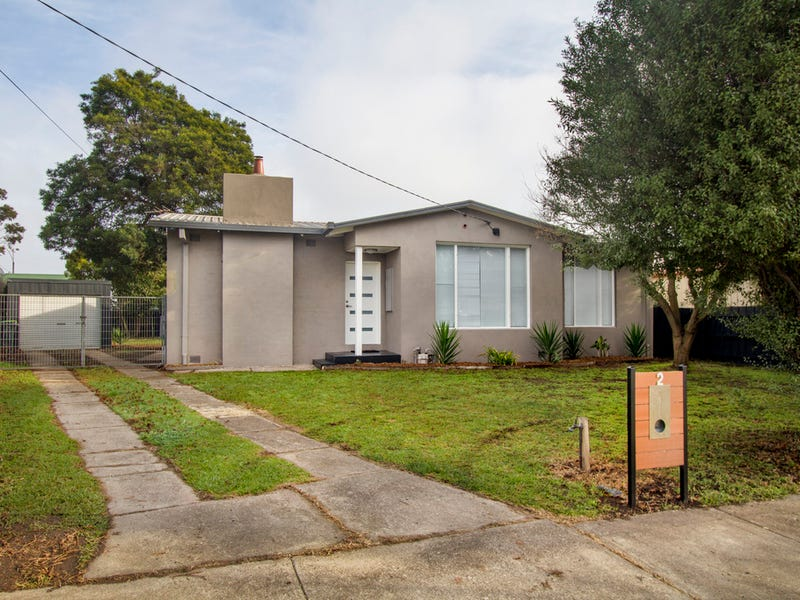 2 Bergen Crescent, Sale, Vic 3850