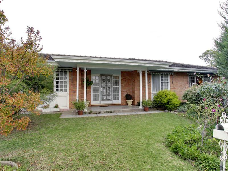 5 Overbury Drive, Clarence Park, SA 5034
