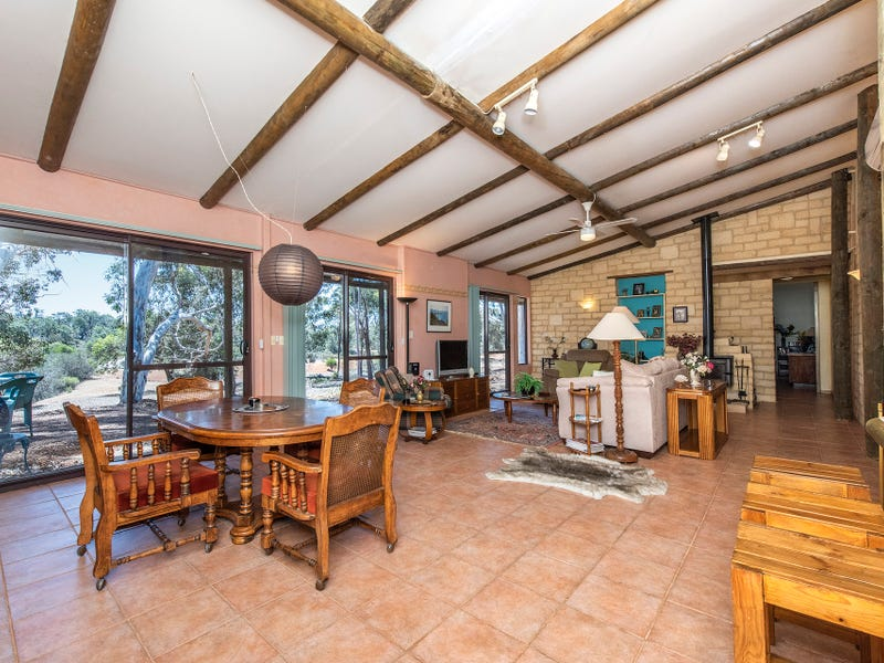 207 Mogumber West Road, Red Gully, WA 6503