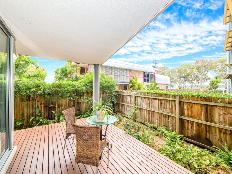 4/131-133 Welsby Parade, Bongaree