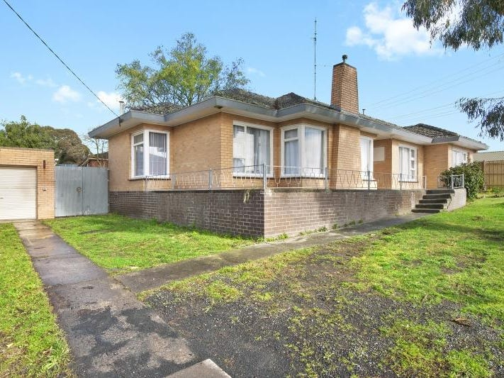 9 Whitehorse Road, Mount Clear