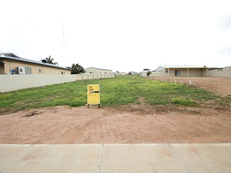 32 Stocker Street, Moonta Bay, SA 5558