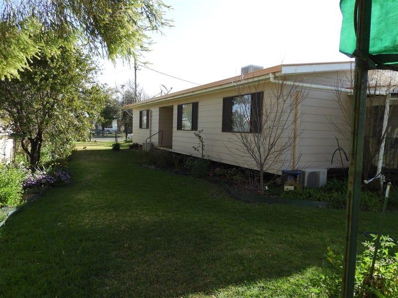 106 Thornton Ave, Warren, NSW 2824