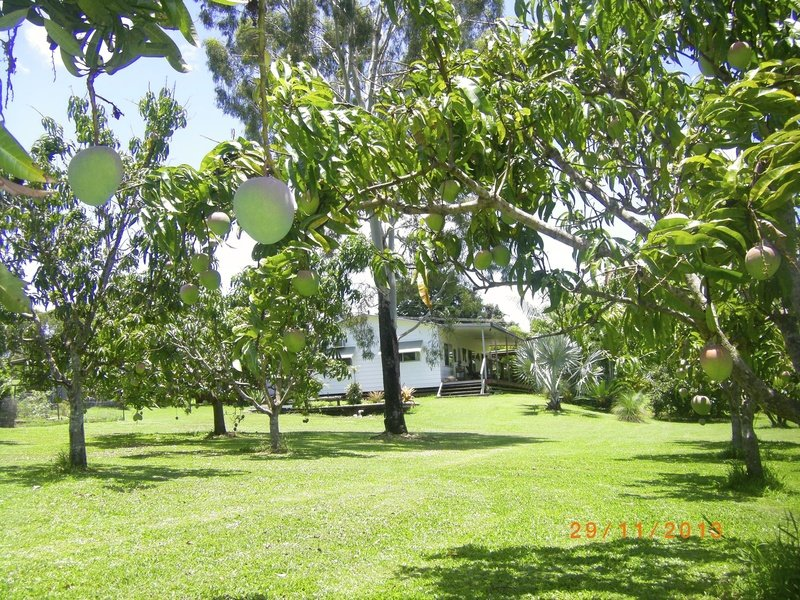 27  Collins ave, Sarina, Qld 4737