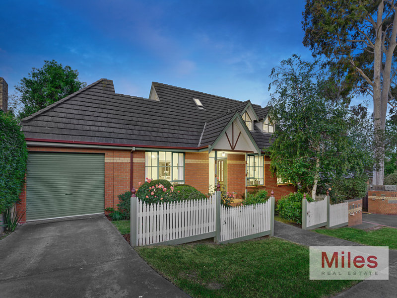 1/111 Martins Lane, Viewbank, Vic 3084
