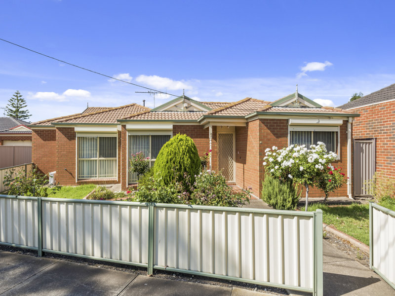 1/711 Ballarat Road, Ardeer, Vic 3022