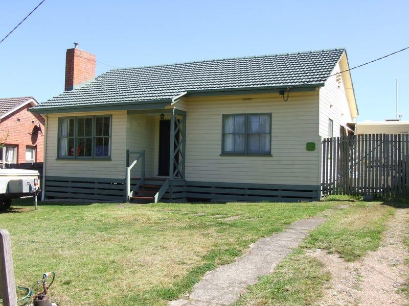 146 Dalmahoy Street, Bairnsdale, Vic 3875