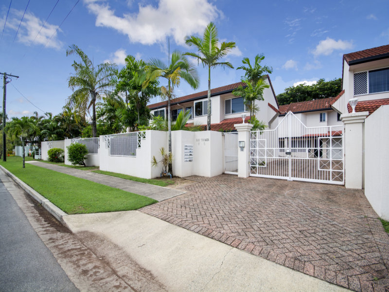 2/67-71 Digger Street, Cairns North, Qld 4870