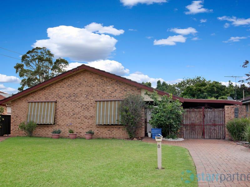 8 Rutherglen Avenue, Richmond, NSW 2753