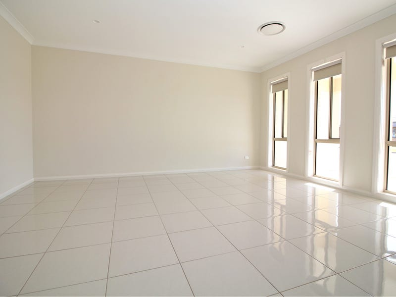 5 Gillmartin Drive, Griffith, NSW 2680