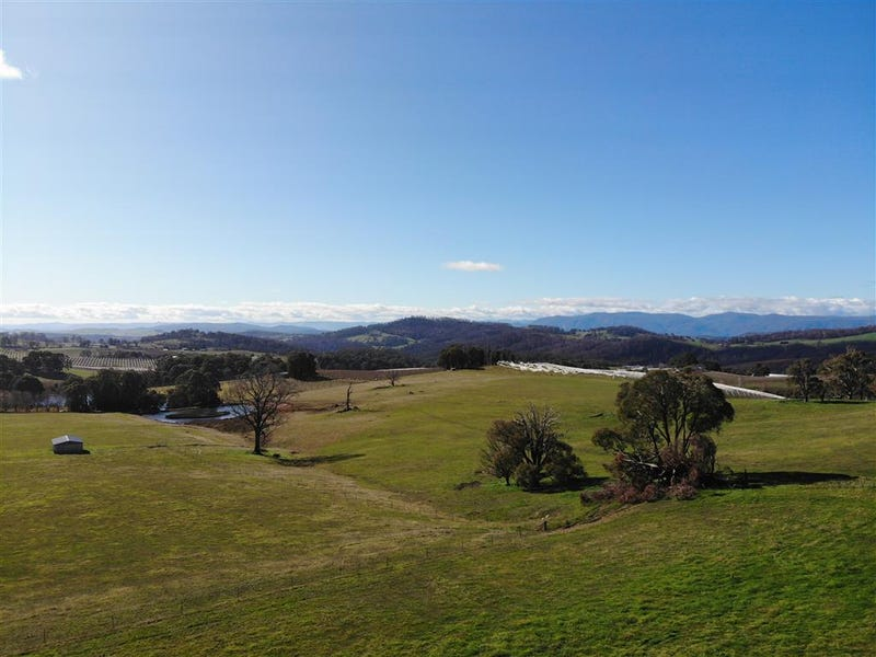 106 Old Tumbarumba Road, Batlow, NSW 2730