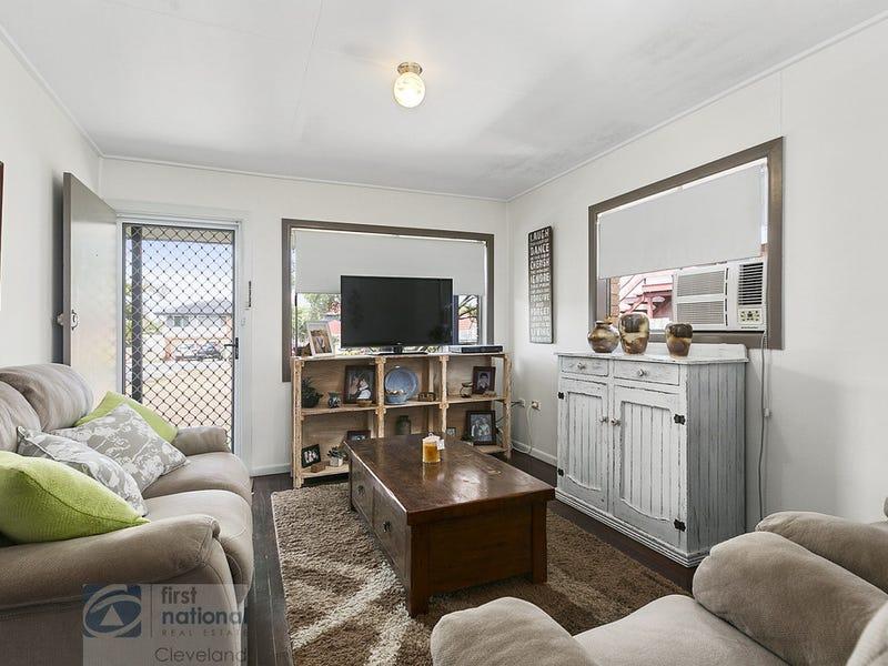 8 Tina Street, Redland Bay, Qld 4165