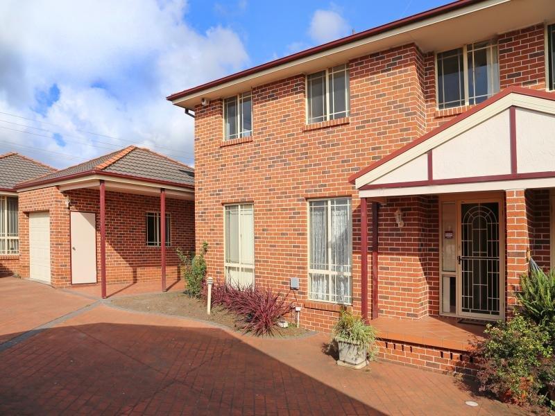 2/155 Francis  Street, Richmond, NSW 2753