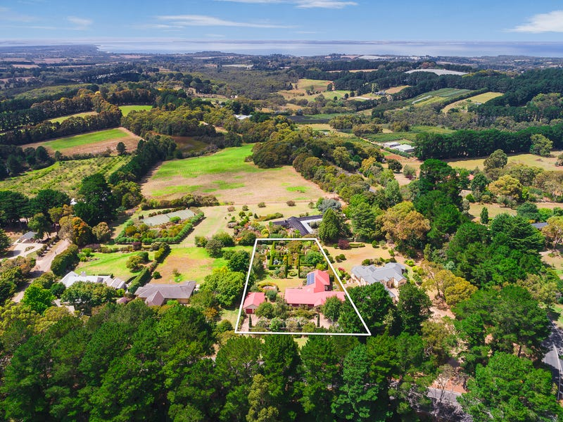 207 Red Hill Road, Red Hill South, Vic 3937