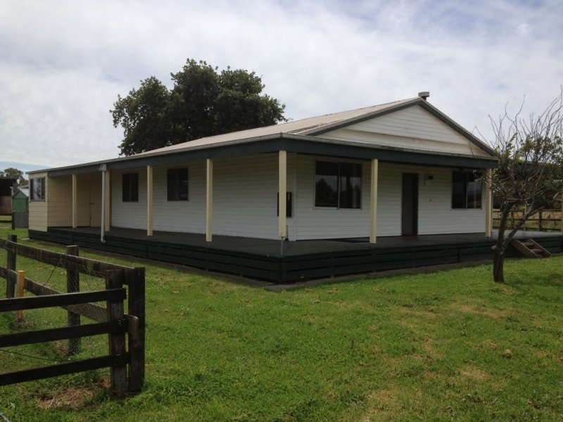215 Eight Mile Road, Nar Nar Goon, Vic 3812