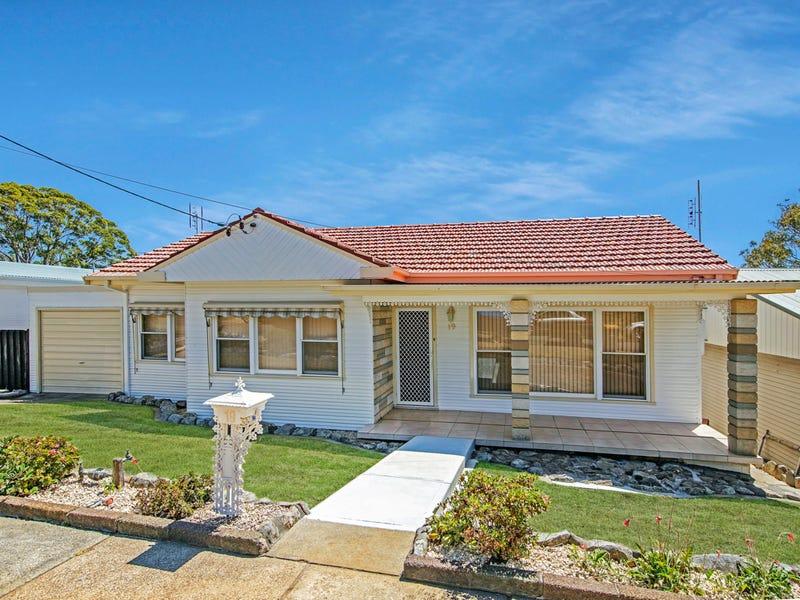 19 Crossland Street, Adamstown Heights, NSW 2289