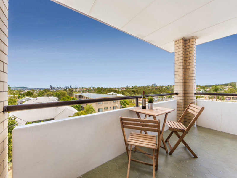 6/19 Crown Street, Holland Park West, Qld 4121