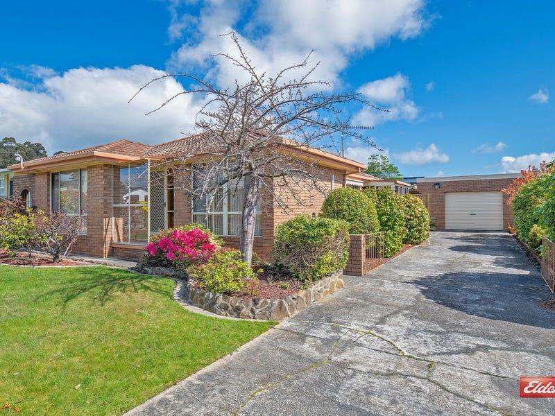 13 Lyons Street, Somerset, Tas 7322