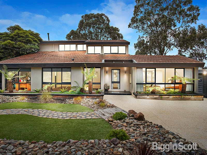 8 Letchworth Place, Wheelers Hill, Vic 3150