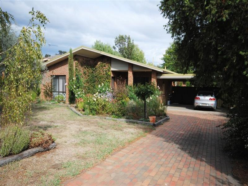 125 Highton Lane, Mansfield, Vic 3722