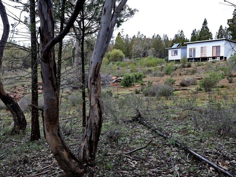 565 Pipe Clay Road, Koorawatha, NSW 2807