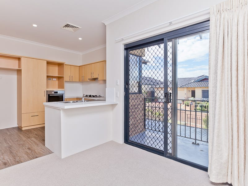51/22 Windelya Road, Murdoch