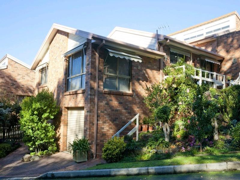 24/2 Valley Road, Springwood, NSW 2777