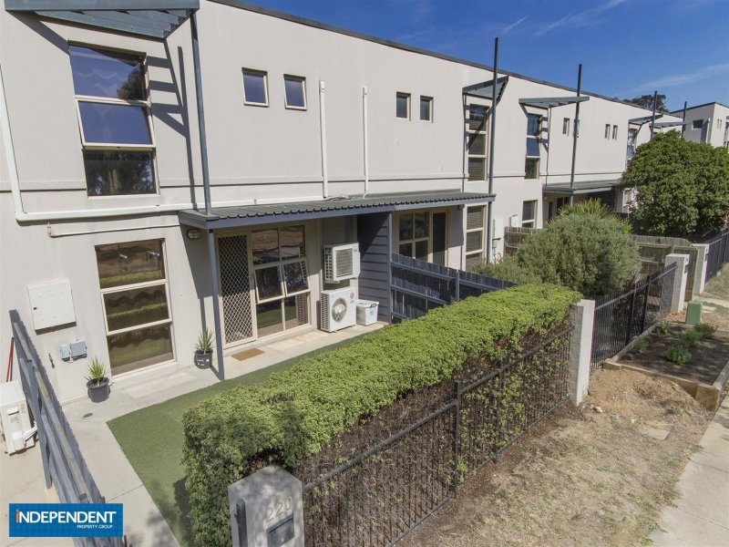 220 Anthony Rolfe Avenue, Gungahlin, ACT 2912