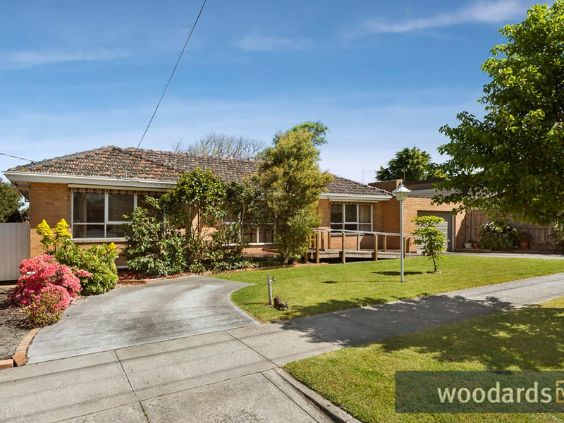 13 McGuinness Road, Bentleigh East, Vic 3165