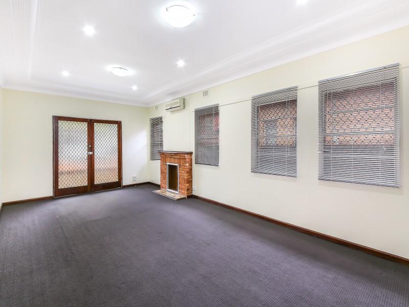 14 Norfolk Ave, Beverly Hills, NSW 2209