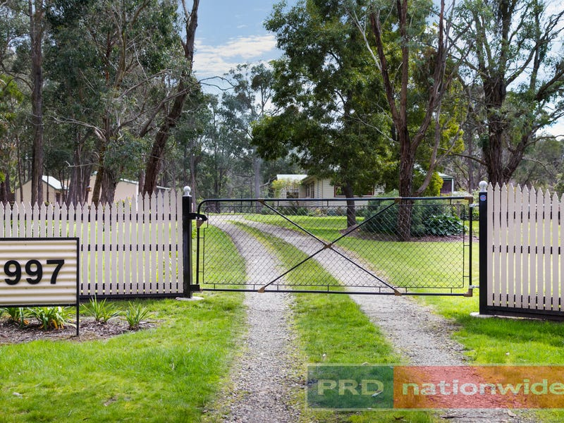 997 Pittong-Snake Valley Road, Snake Valley, Vic 3351