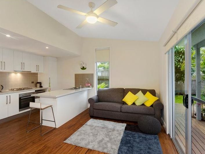 Flat @ 16 Bishop Street, Newport, NSW 2106