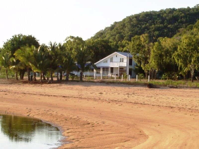 778 West Point Road, Picnic Bay, Qld 4819