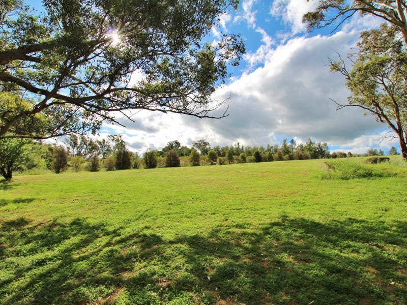 78 Whites Road, Young, NSW 2594
