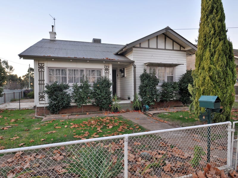 4 Pitt Street, Junee, NSW 2663