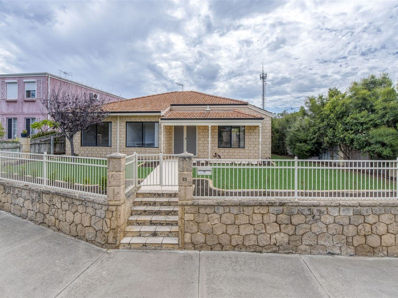 29 Grand Bank Parkway, Mindarie, WA 6030