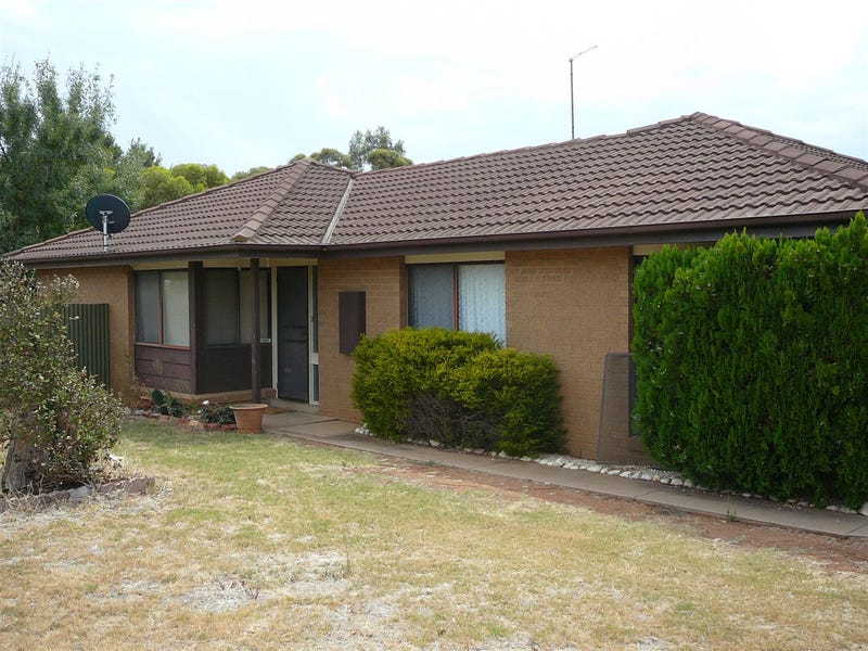 10 Ray Court, Donald, Vic 3480