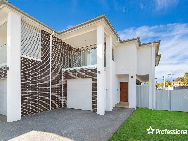 28 Uranus Road, Padstow, NSW 2211