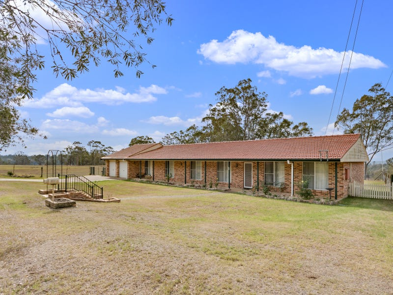 1 Browns Road, The Oaks, NSW 2570
