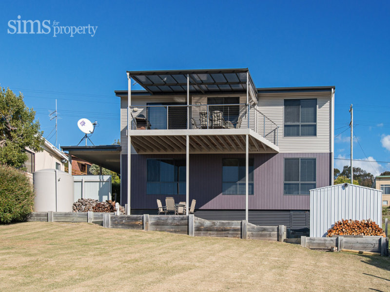 65 Beach Crescent, Greens Beach, Tas 7270