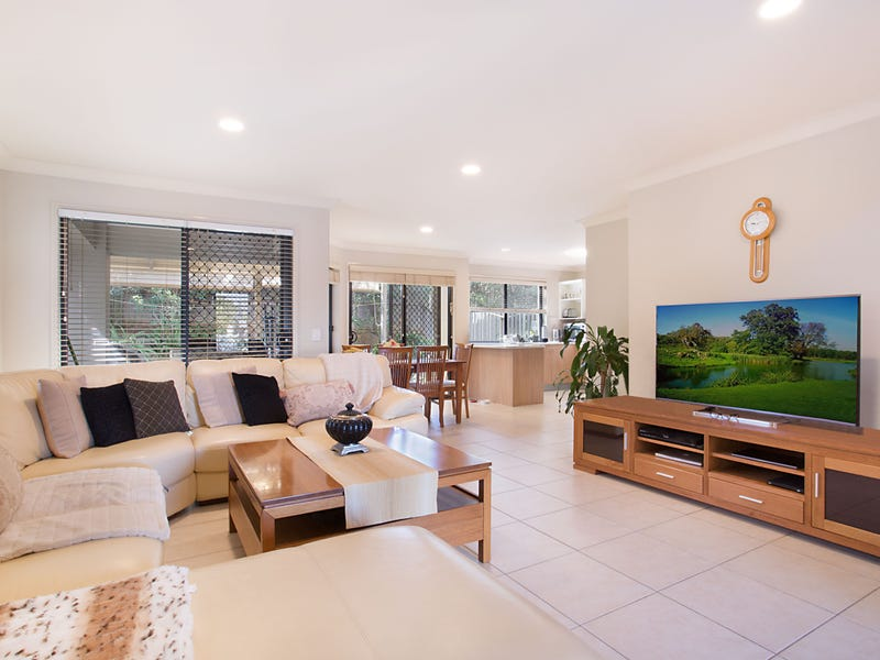 6/1-7 PINE VALLEY DR, Robina