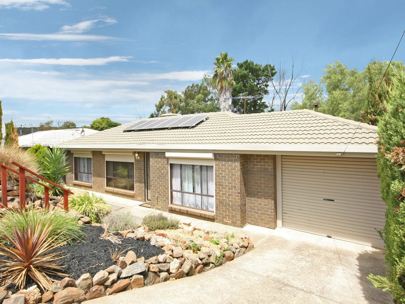 64 Oakridge Rise, Huntfield Heights, SA 5163